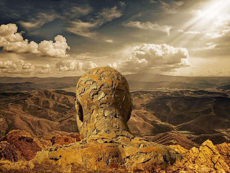 stone-man-2984962_1920