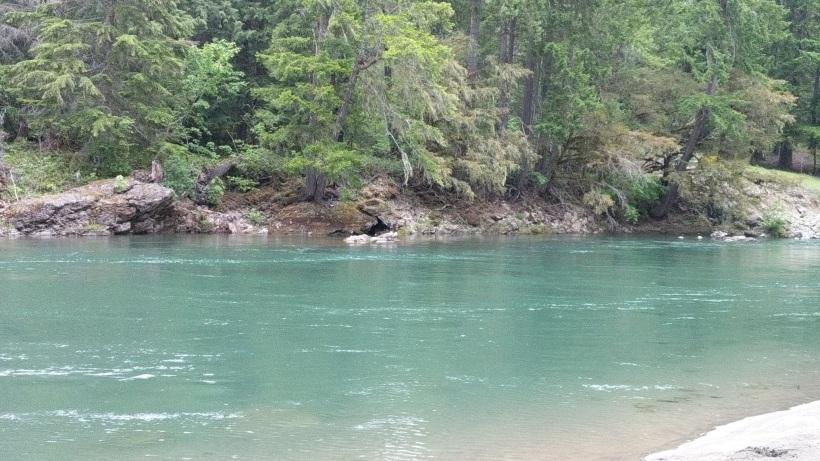 campsite-river